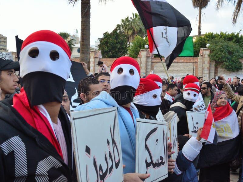 египетские знаки протестующих протеста удерживания стоковое фото rf
