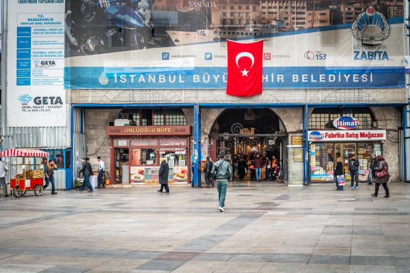 Египетский базар (рынок специи) в Стамбуле, Турции стоковое фото