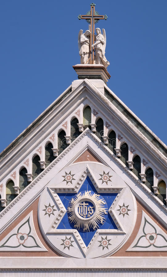 ЕГО знак, базилика Santa Croce di базилики святого креста в Флоренсе стоковое фото