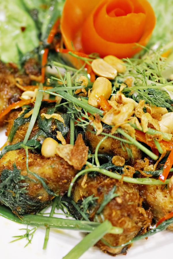 Еда вьетнамца Cha Ca Ханоя стоковые фотографии rf