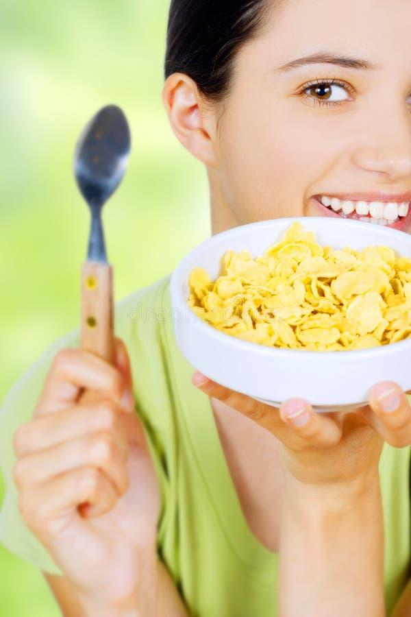 еда женщины еды haelthy стоковое фото rf