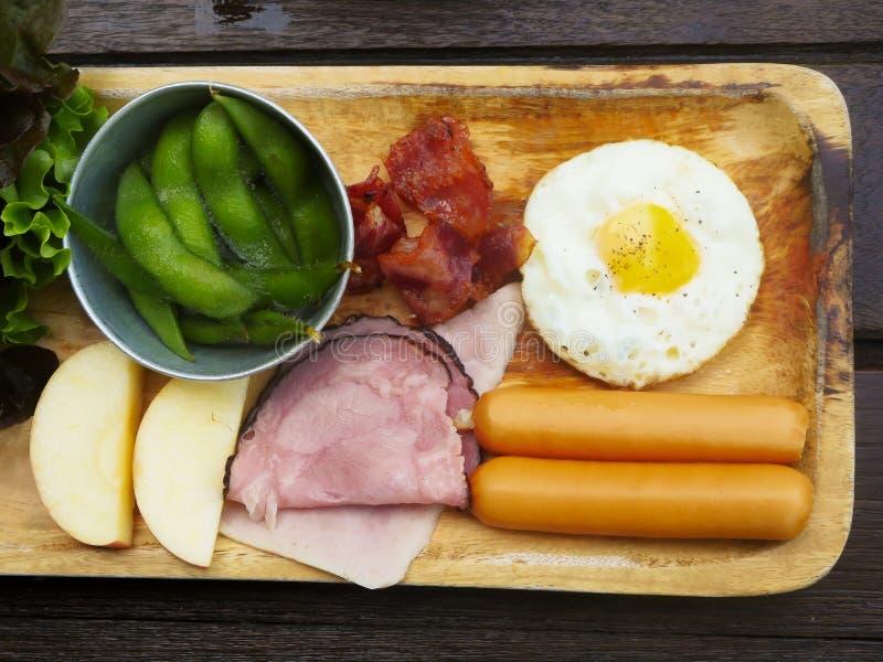 Еда завтрака для helth стоковая фотография rf