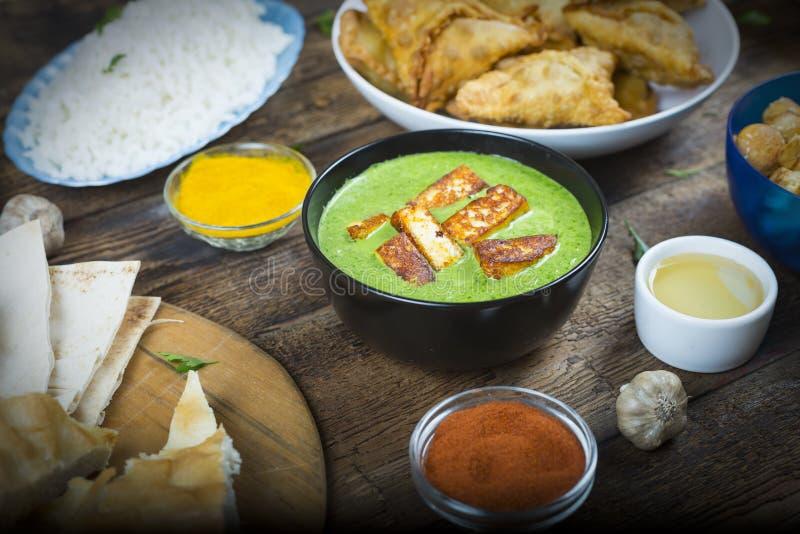 Еда, индеец, панджабец, paneer, цыпленок стоковое фото rf
