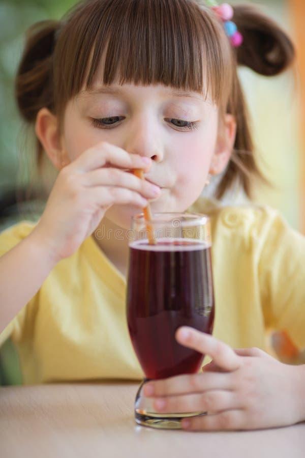 Еда и принципиальная схема питья стоковые фото
