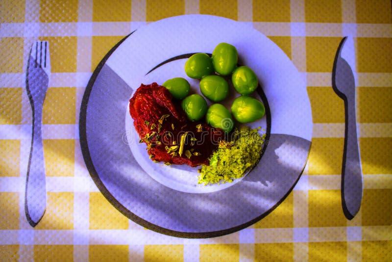 Еда на блюде стоковые фото