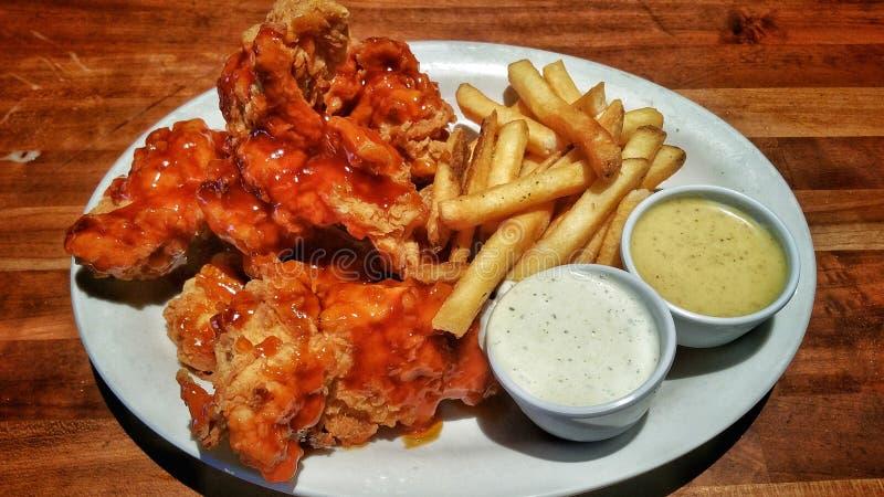 Еда прокладки цыпленка стоковые фотографии rf