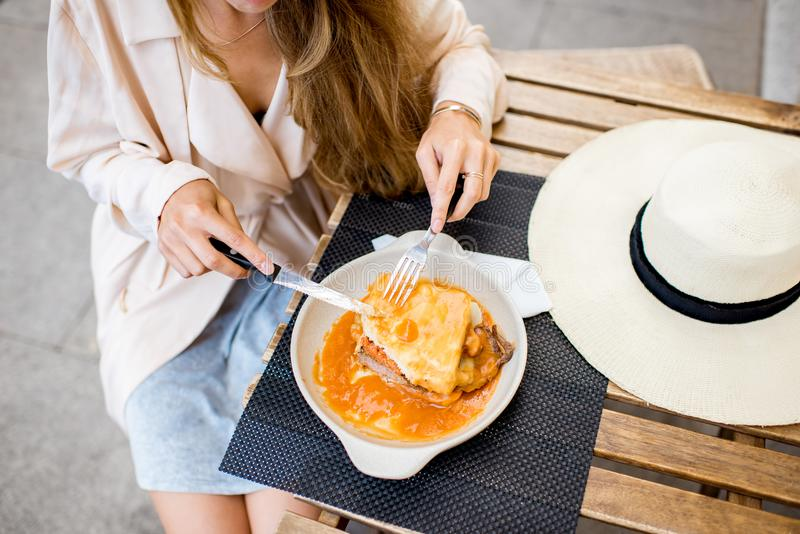Еда сандвича francesinha стоковые изображения