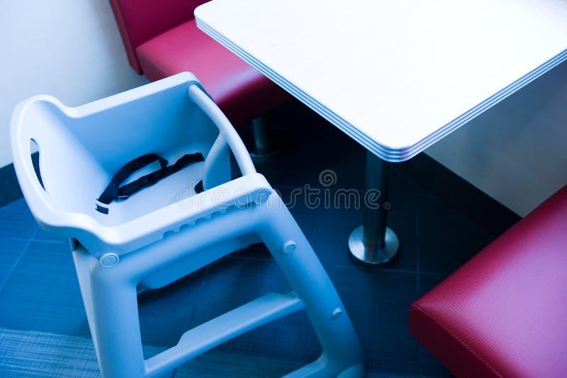 еда стула младенца стоковое изображение rf