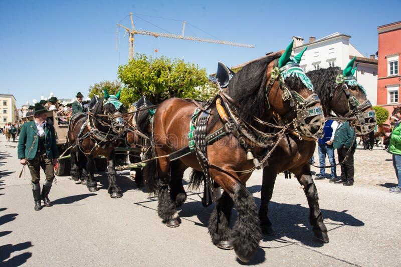 Ежегодный парад ` s StGeorge стоковое фото