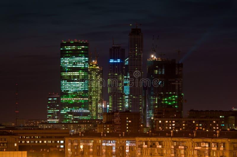 Еженощный городской пейзаж стоковые изображения rf