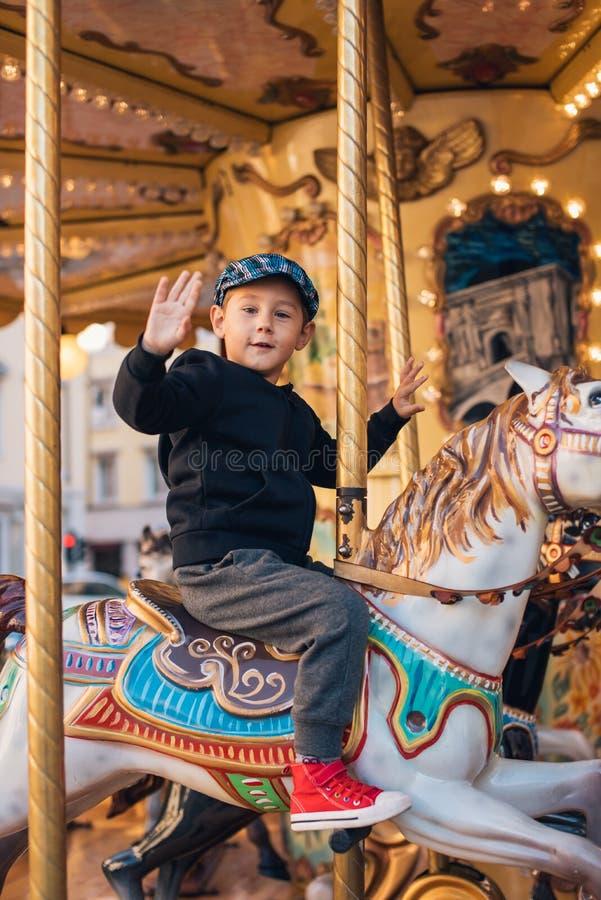 Езда Carousel стоковая фотография