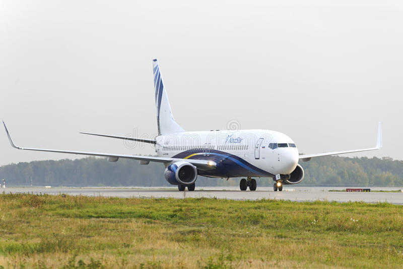Ездить на такси авиакомпаний Boeing-737 Nordstar стоковые фото