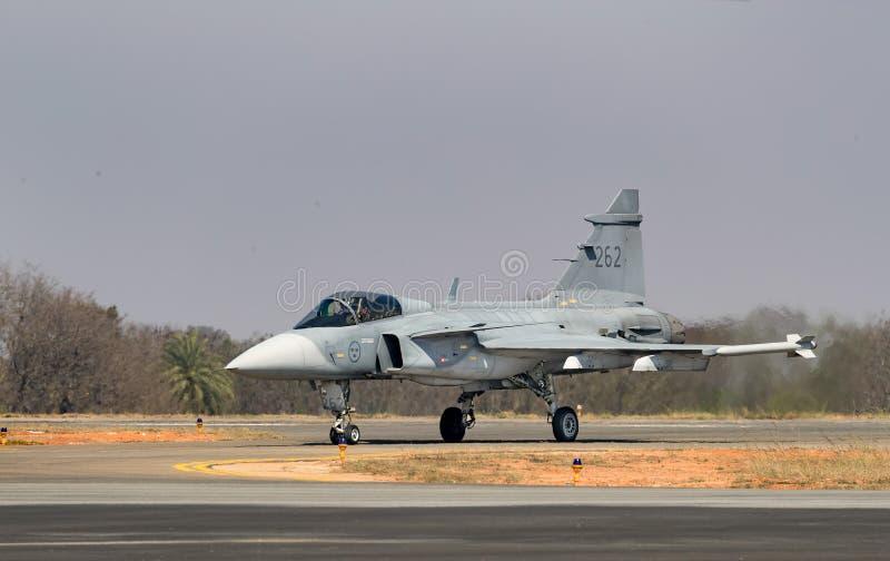 Ездить на такси SAAB Gripen стоковая фотография