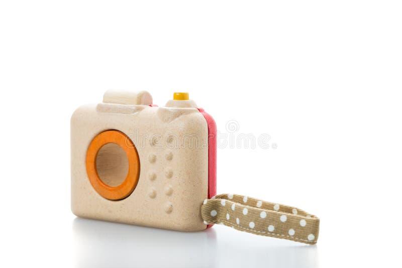 деревянная камера игрушки на белой предпосылке стоковые фотографии rf