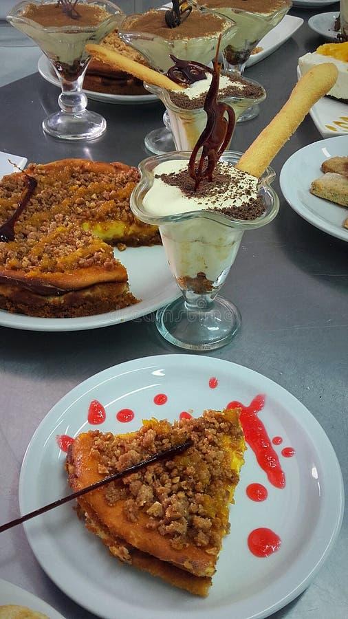 десерты сладостные стоковое фото rf