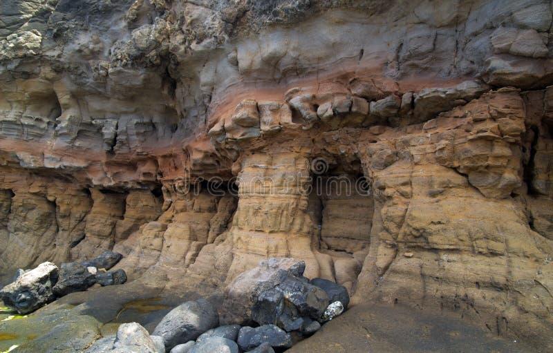 Естественная колоннада - выветренные слои стоковые изображения rf