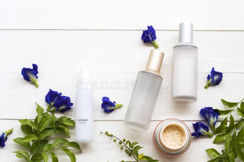 Естественное здравоохранение косметик для красоты стороны кожи женщины lifstyle стоковое изображение rf