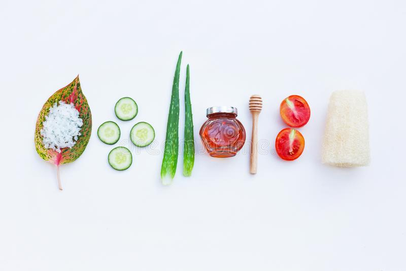 Естественные ингридиенты для домодельной заботы кожи стоковая фотография rf