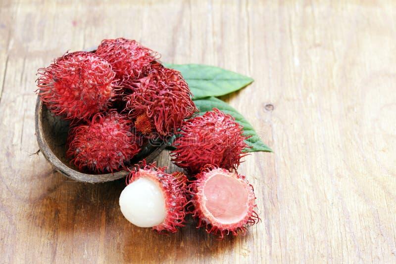 Естественный органический рамбутан плодоовощ lychee стоковые фотографии rf
