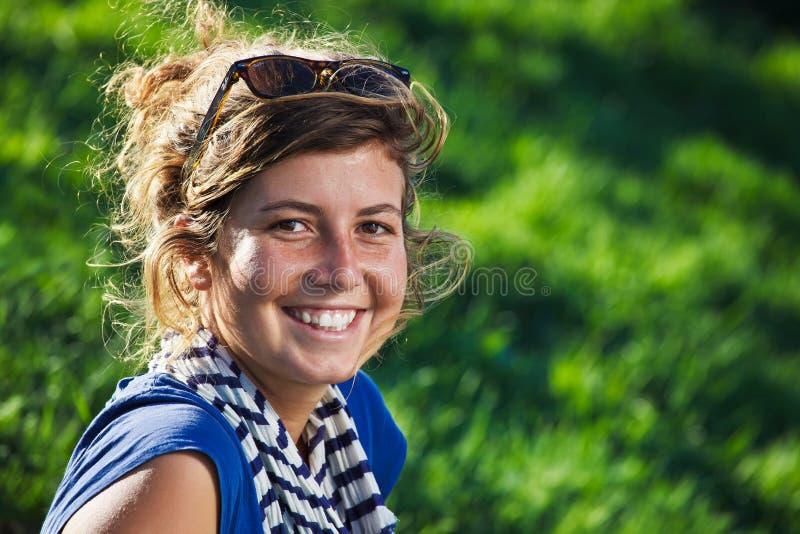 15 детенышей женщины стоковое изображение