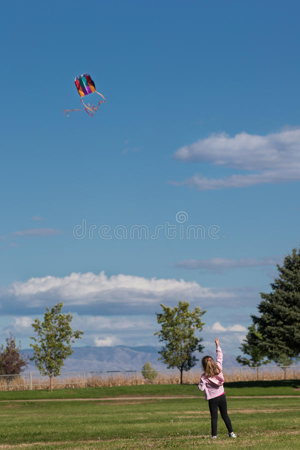 детеныши змея девушки летания стоковая фотография rf
