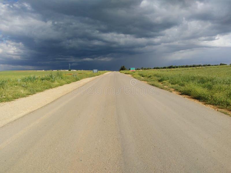 Ехал и облако стоковая фотография