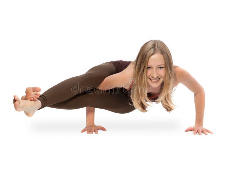 делать детенышей йоги женщины стоковые фото