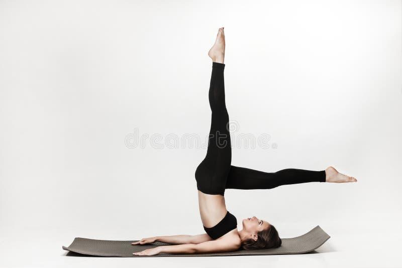делать женщину тренировок стоковое изображение rf