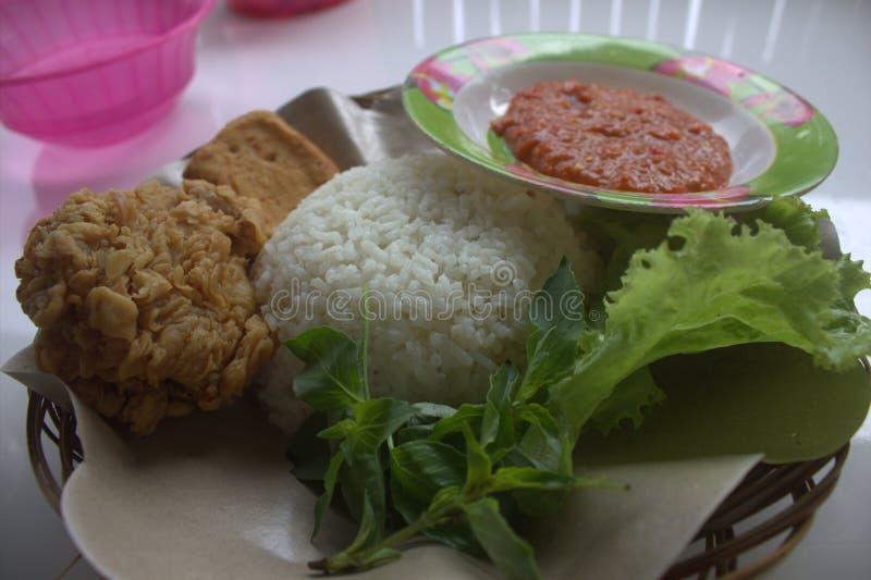 Еда Индонезии стоковые фото