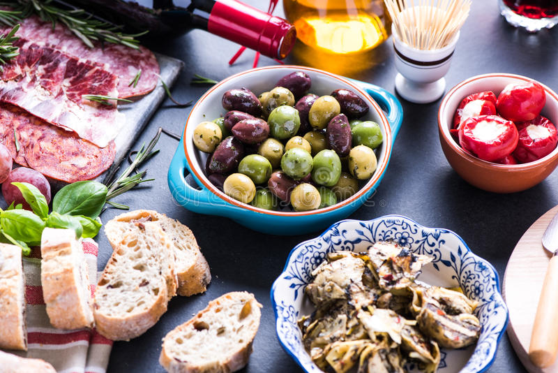Еда партии, испанские тапы стоковые фотографии rf