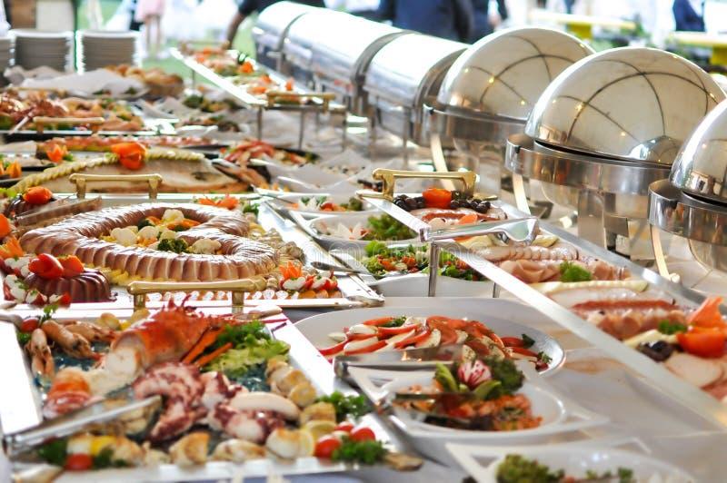 Еда ресторанного обслуживании, конец вверх стоковые изображения