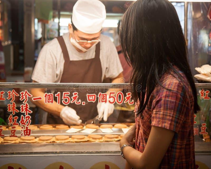 Еда рынка ночи стоковая фотография rf