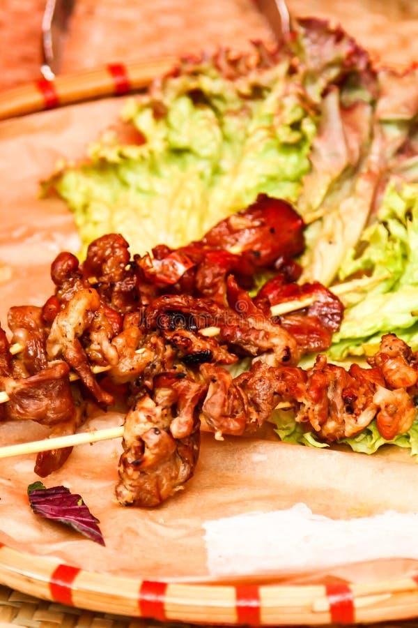 Еда улицы протыкальники мяса на протыкальнике, фаст-фуда стоковая фотография rf
