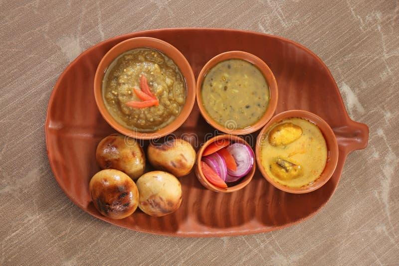 Еда Litti Chokha - Бихара традиционная стоковое фото rf