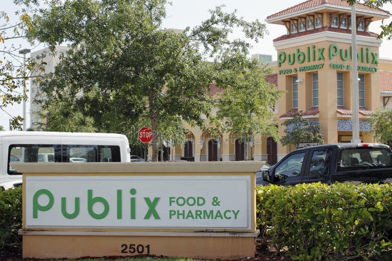 Еда Publix & знак и супермаркет фармации стоковое изображение