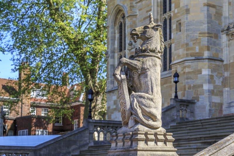 Единорог на часовне St. George, Виндзора, Великобритании стоковая фотография