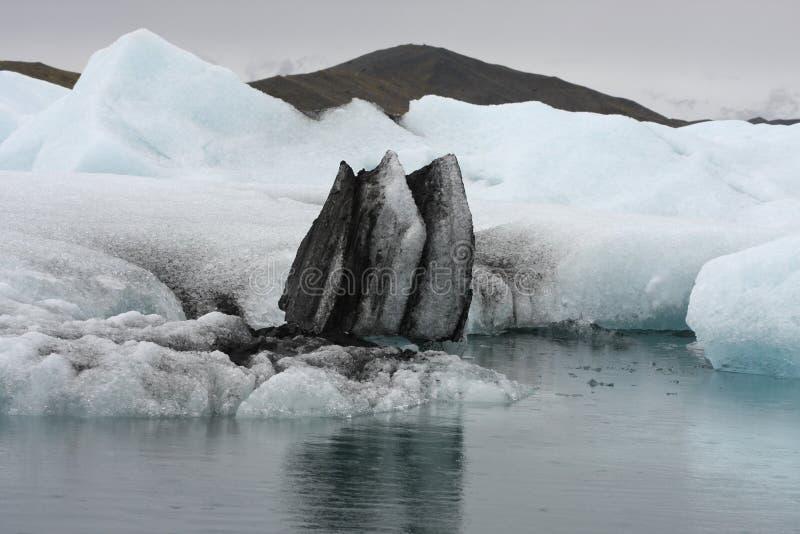 ледниковое озеро стоковое фото