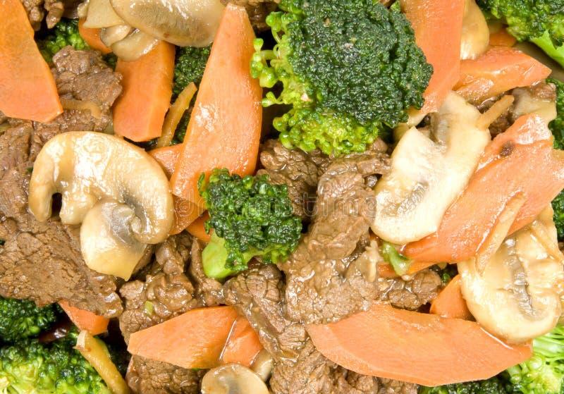 жалуйтесь зажаренные овощи stir стоковые изображения rf