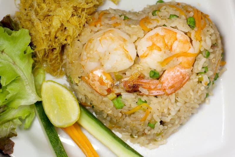Жареные рисы с едой шримсов Chili тайской стоковые фотографии rf