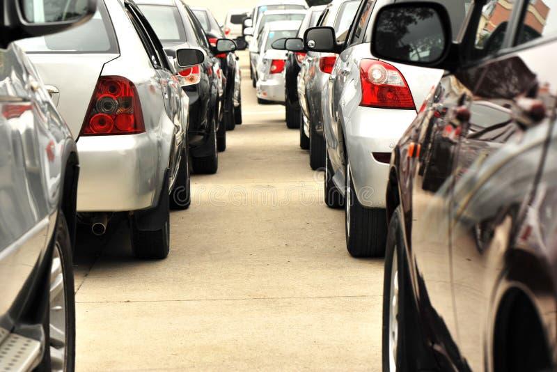 ждать автомобилей стоковые изображения