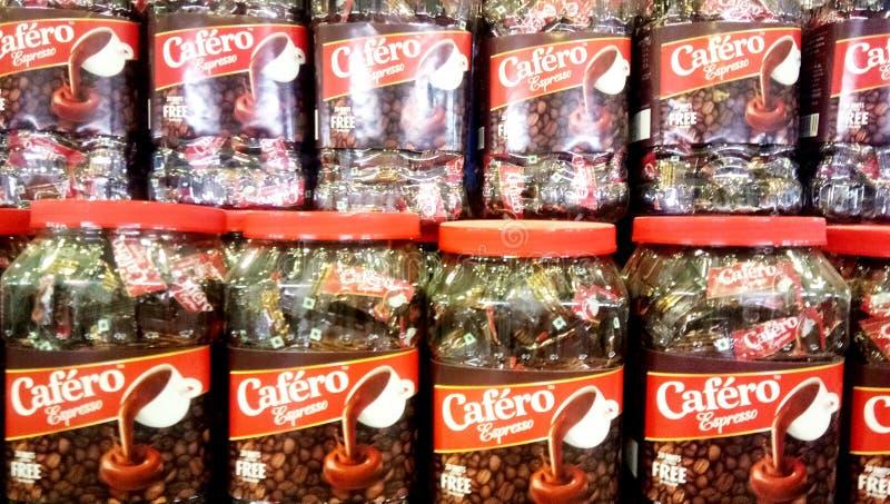 Жевания плода студня Mapro Falero и коробки тянучки Cafero Expresso в супер магазине в Лакхнау стоковые фотографии rf