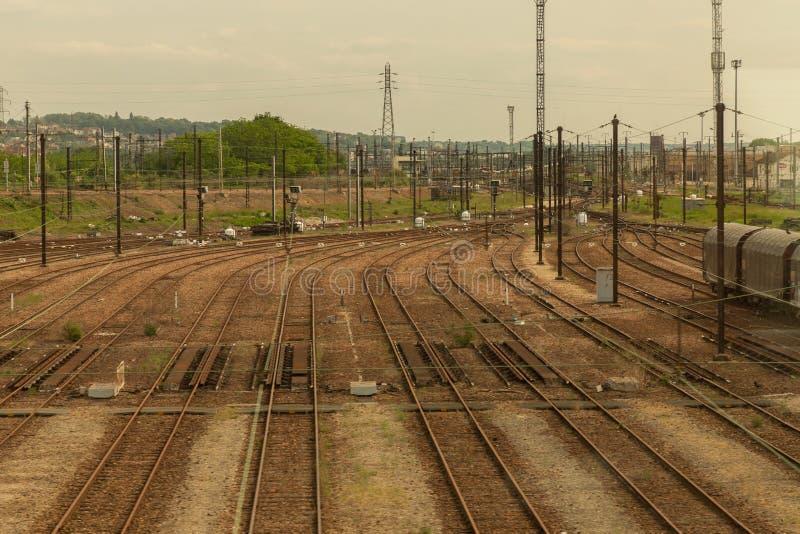 Железнодорожные пути в Бордо, Франции стоковое фото rf