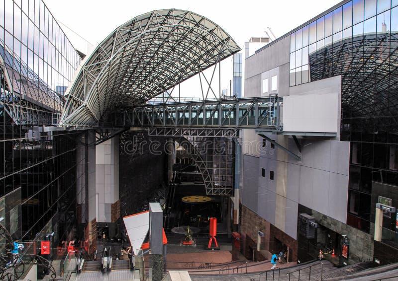 Железнодорожный вокзал Киото, Японии стоковое фото rf