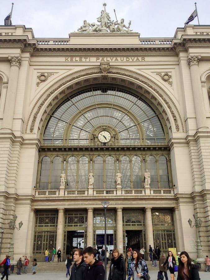 Железнодорожный вокзал станции Keleti Palyaudvar восточный в Будапеште стоковые изображения rf