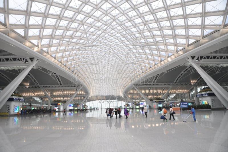 железнодорожный вокзал guangzhou самомоднейший стоковая фотография