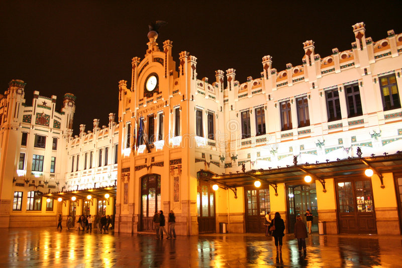 железнодорожный вокзал valencia стоковая фотография rf