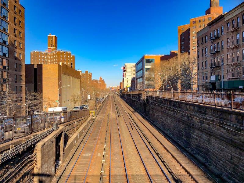 Железнодорожный путь Метро-севера стоковые изображения rf