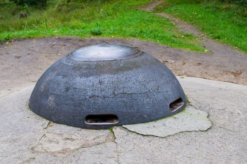 Железный купол бункера стоковые фото