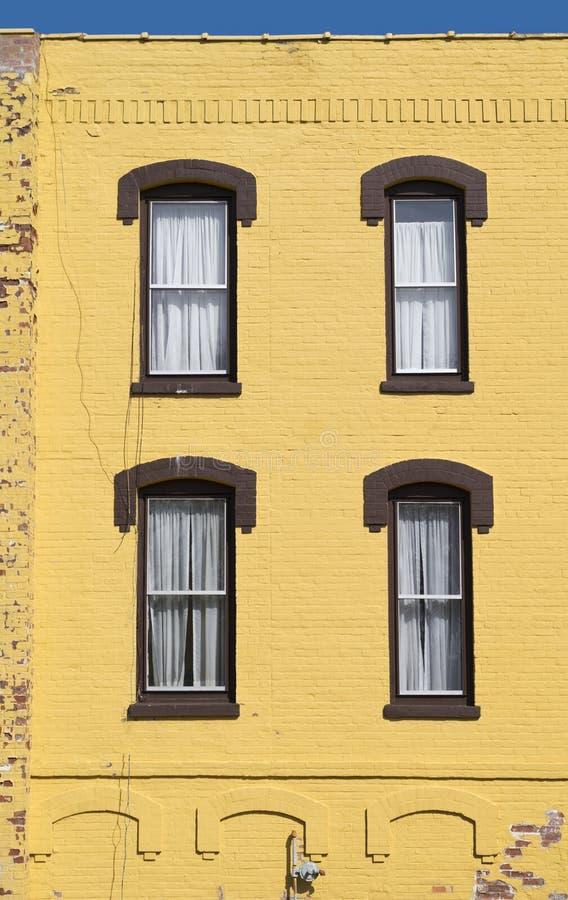 Желтый и голубой стоковая фотография