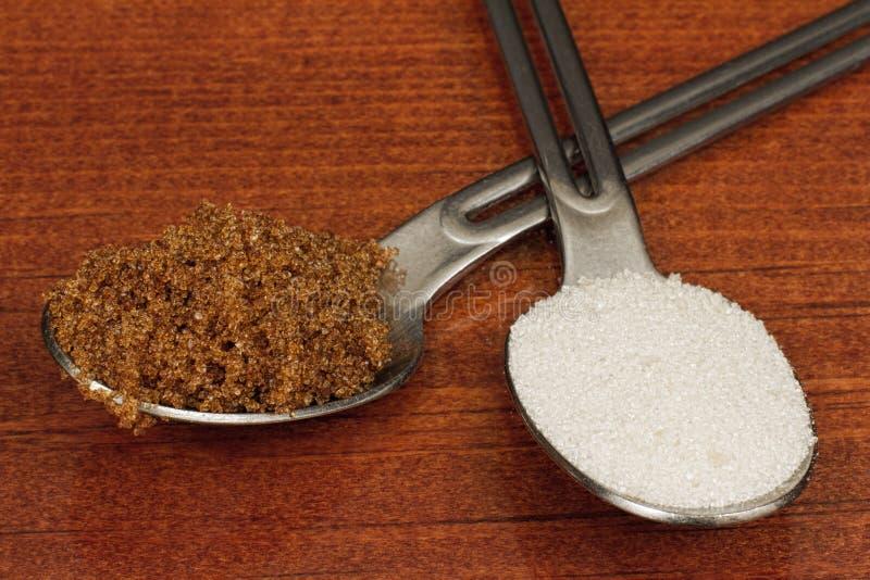 Желтый сахарный песок или белый сахар стоковые изображения rf